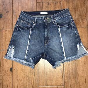 Good American Size 6 denim shorts